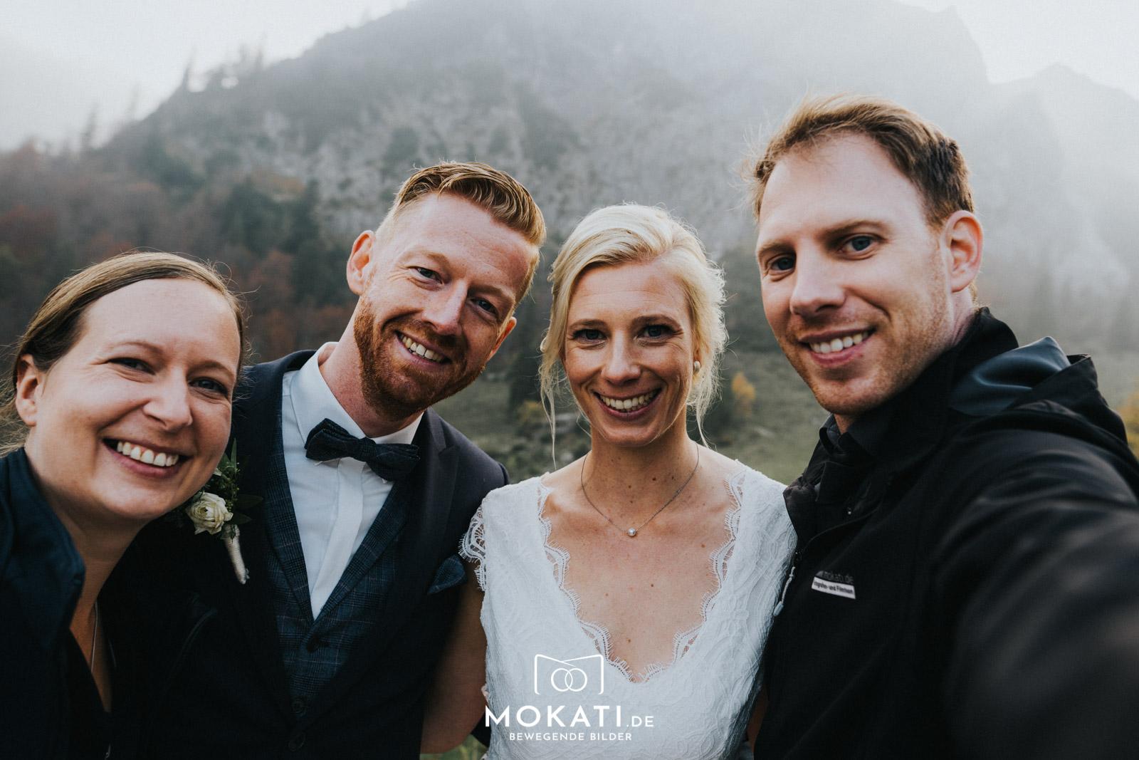 Hochzeitsfotografin Claudia und Hochzeitsvideograf Andy auf der Wuhrsteinalm
