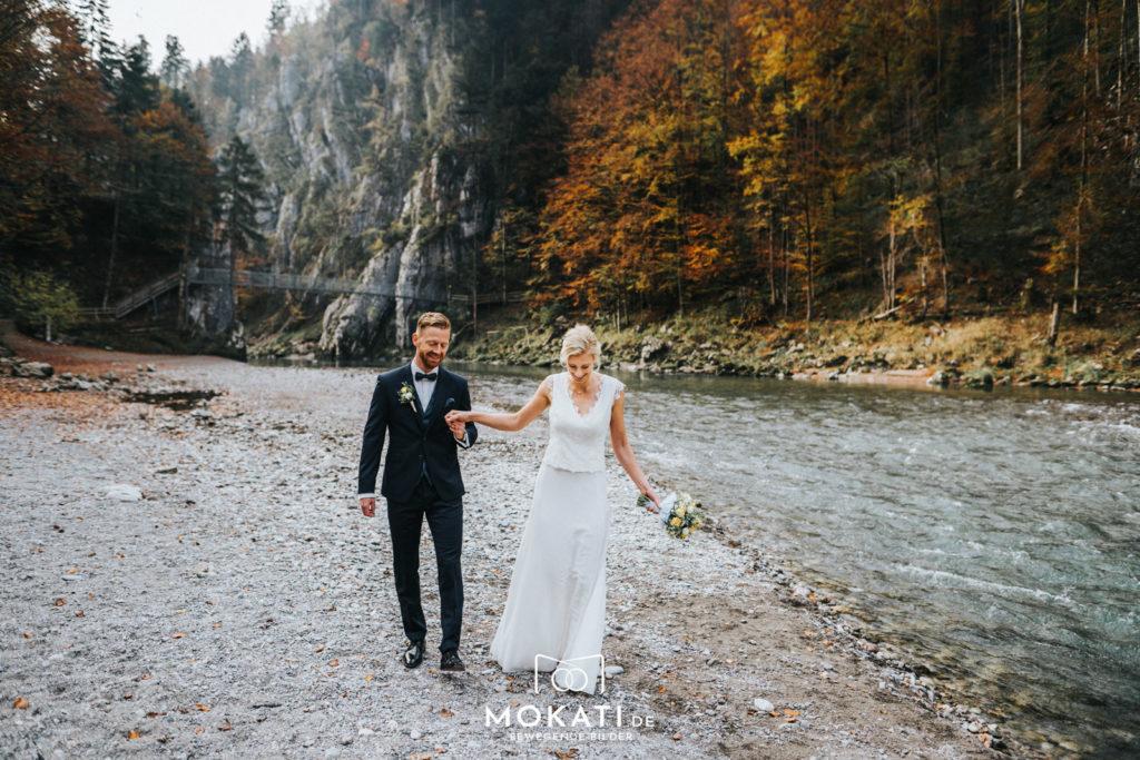 Brautpaarfotos in der Klobenstein Schlucht mit Hochzeitsfotograf und Hochzeitsvideograf