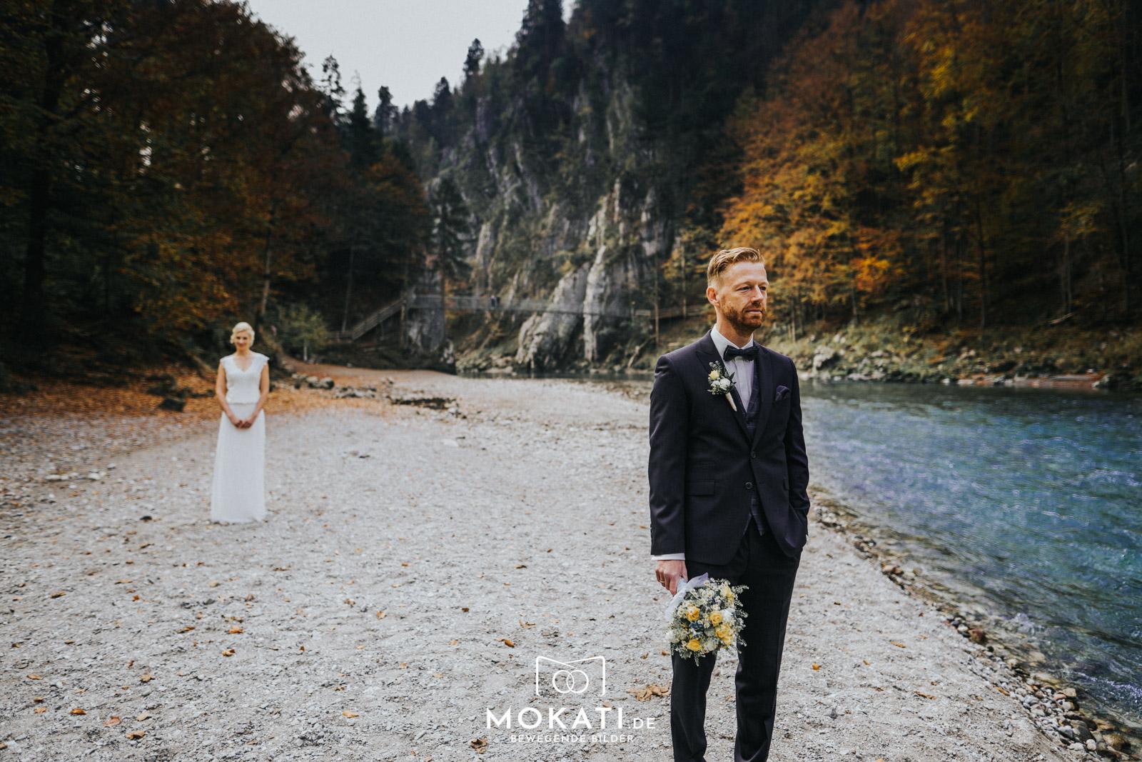 First Look Shooting in Klobenstein Schlucht mit Hochzeitsfotograf