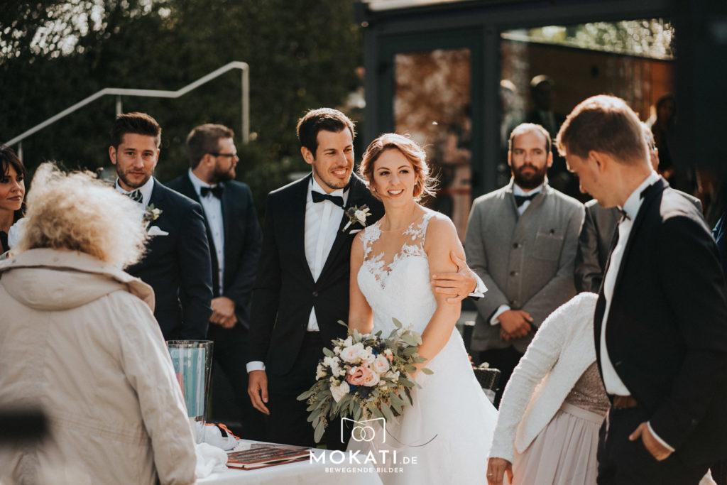 Freie Trauung am Ammersee im Seehaus mit Hochzeitsfotograf aus München