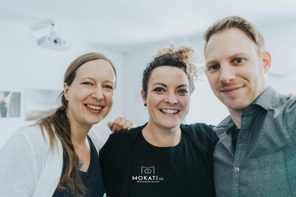 MOKATI Hochzeits-Podcast: Interview mit Hair und Makeup Artistin Daniela Schatz zuammen mit Hochzeitsfotografin Claudia und Videograf Andreas