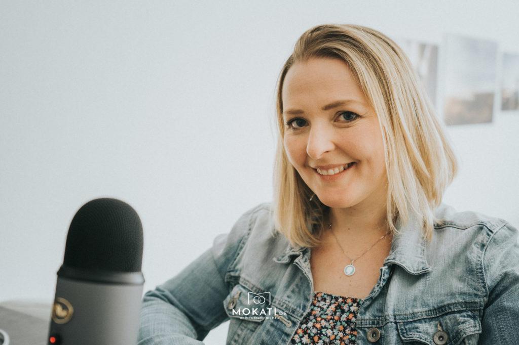 MOKATI Hochzeits Podcast: Martina Anders Hochzeitsplanerin zu Besuch bei Hochzeitsfotografin Claudia und Videograf Andreas