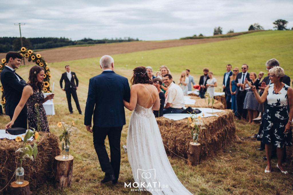 Freie Trauung im Landgut Kugleralm mit Hochzeitsfotograf und Hochzeitsvideograf aus München