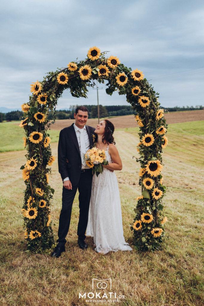Brautpaarfotos in Ebersberg mit Hochzeitsfotografin aus München