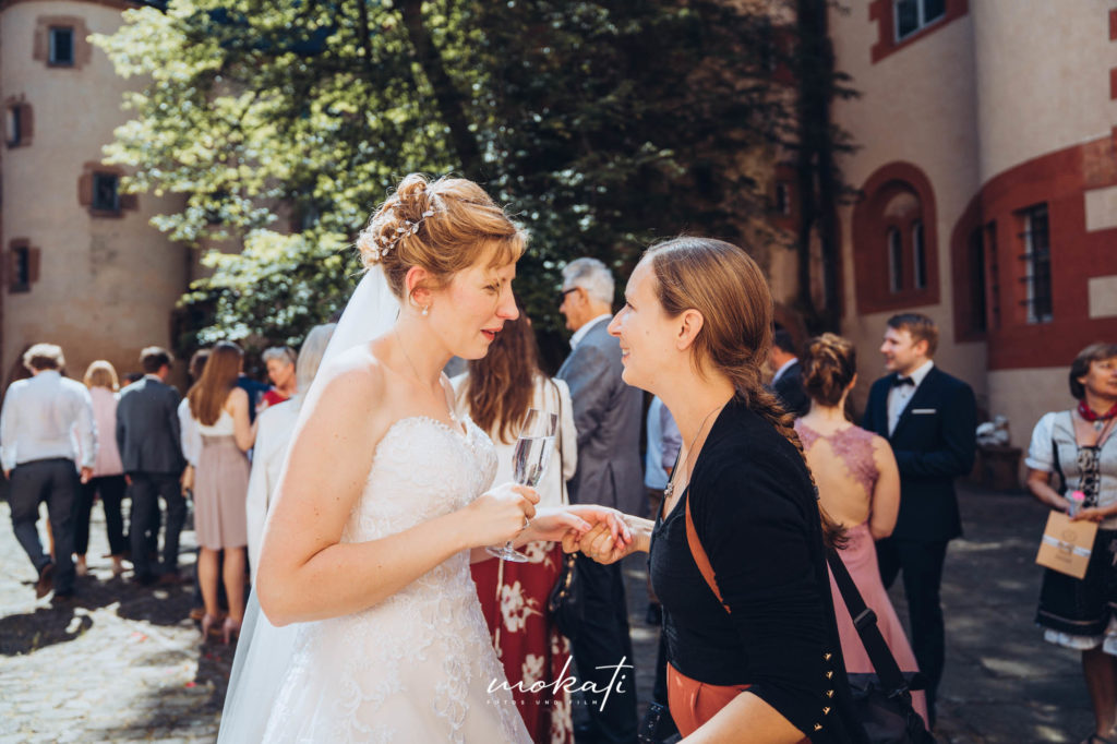 Hochzeitsfotos im Schloss Büdingen mit Hochzeitsfotograf München