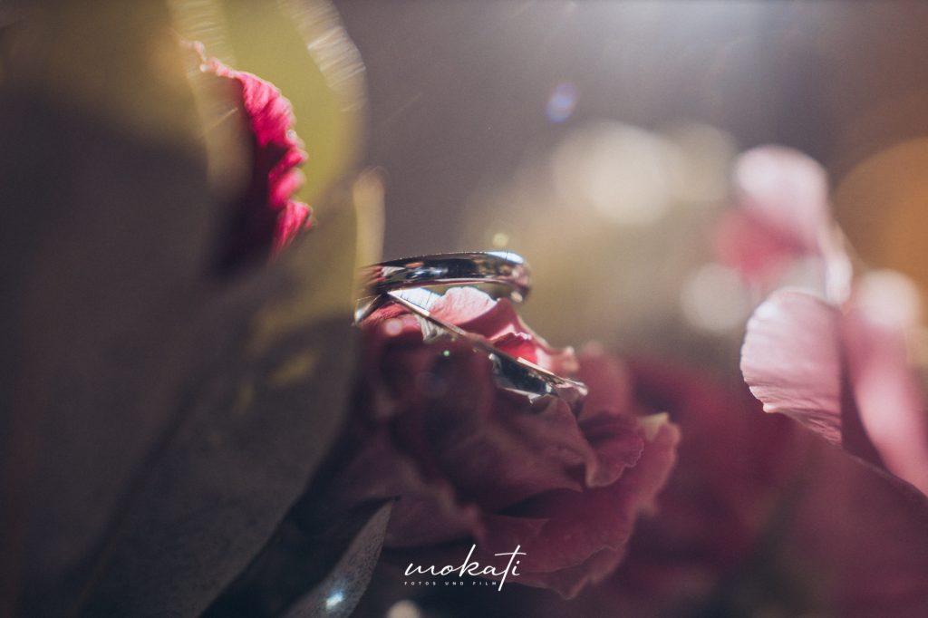 Eheringe vom Hochzeitsfotograf fotografiert