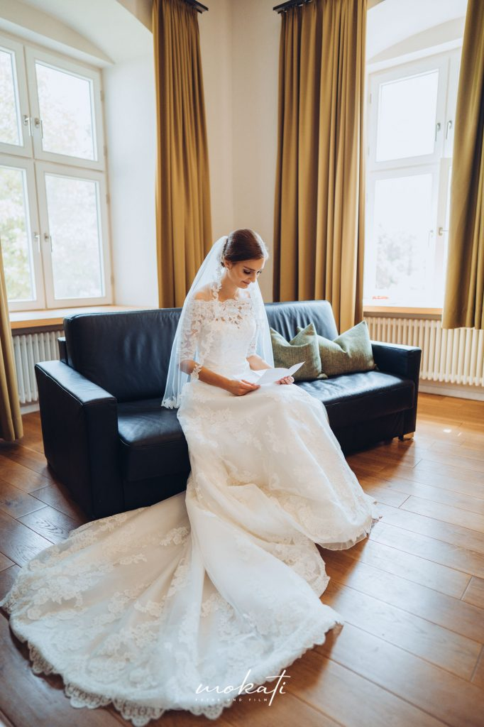 Getting Ready im Kloster Holzen mit Hochzeitsfotograf München
