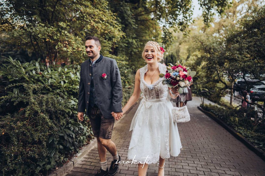 Standesamtliche Hochzeit auf Insel Mainau mit Hochzeitsfotograf und Hochzeitsvideograf München