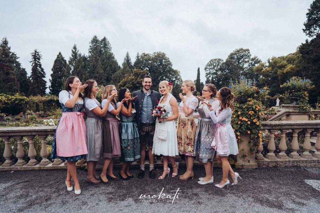 Gruppenfotos Hochzeit auf Standesamt Insel Mainau mit Hochzeitsfotograf München