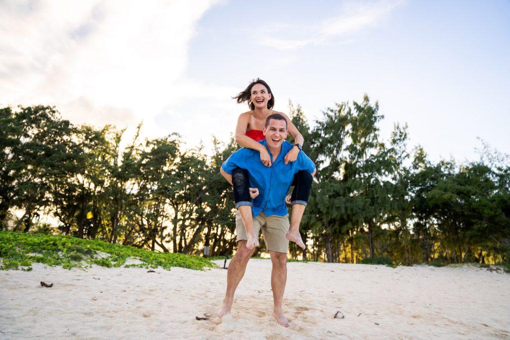 coupleshoot-hawaii-ohau-kailua-bay-mokati-fotos-film-122018-5