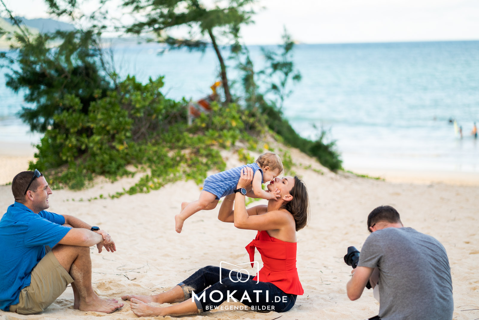 coupleshoot-hawaii-ohau-kailua-bay-mokati-in-action-16