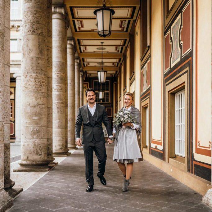 Fotobegleitung beim Standesamt mit Fotos und Film in München